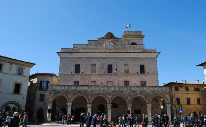 montefalco palazzo comunale