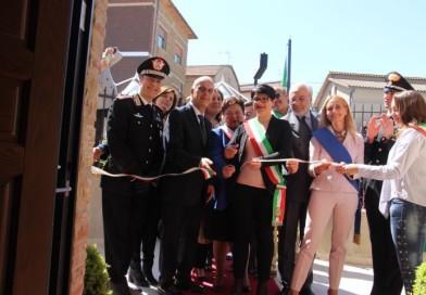 """Monte Castello di Vibio, taglio del nastro alla nuova caserma dei carabinieri. Bocci: """"Un sogno"""""""