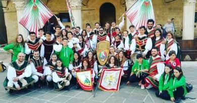Gruppo storico Sbandieratori e Musici città di Montefalco (1)