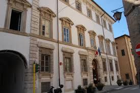 biblioteca palazzo maurui