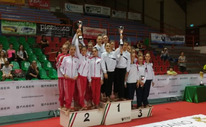 Il podio a Fabriano, con il secondo posto della Fortebraccio Perugia