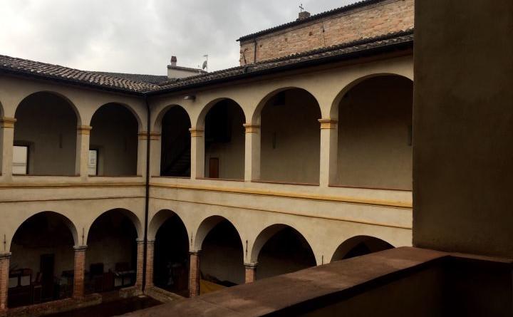 Il Chiostro di San Giacomo sede della Caritas di Foligno (1)