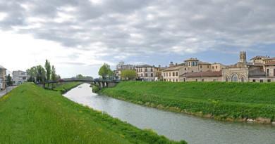 800px-Panoramica_del_ponte_di_Cannara_2008