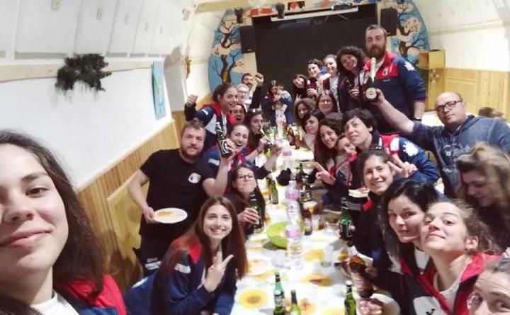 Le Donne etrusche rugby in festa a fine partita