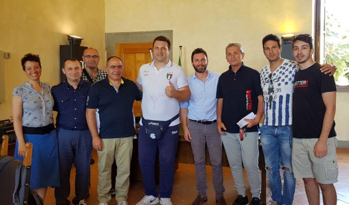 Italia-Ungheria di boxe - Roberto Cammarelle con la Giunta castiglionese 1