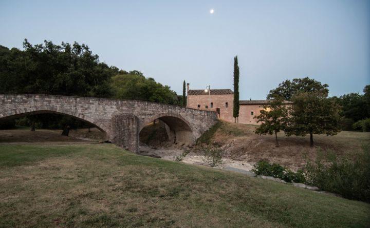Sere Fai d'estate, straordinarie aperture serali al Bosco di San Francesco ad Assisi