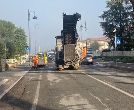 Santa Maria degli Angeli, sono iniziati i lavori di asfaltatura in via Los Angeles