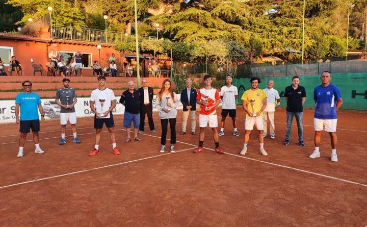 Tennis, Assoluti Umbri Trofeo Ubi Banca: trionfa Francesco Passaro