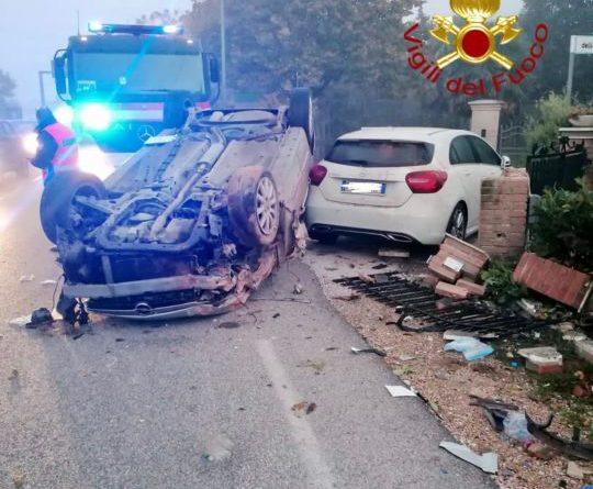 Incidente stradale a Torre Calzolari di Gubbio: un ferito lieve