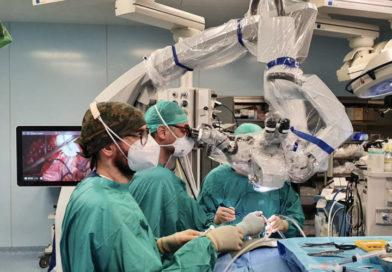 Ospedale di Terni, un nuovo microscopico operatorio per la Neurochirurgia