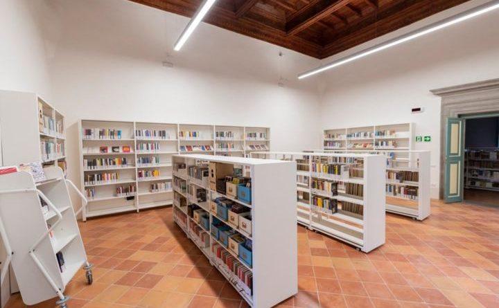 Città di Castello, la Biblioteca Carducci diventa a domicilio