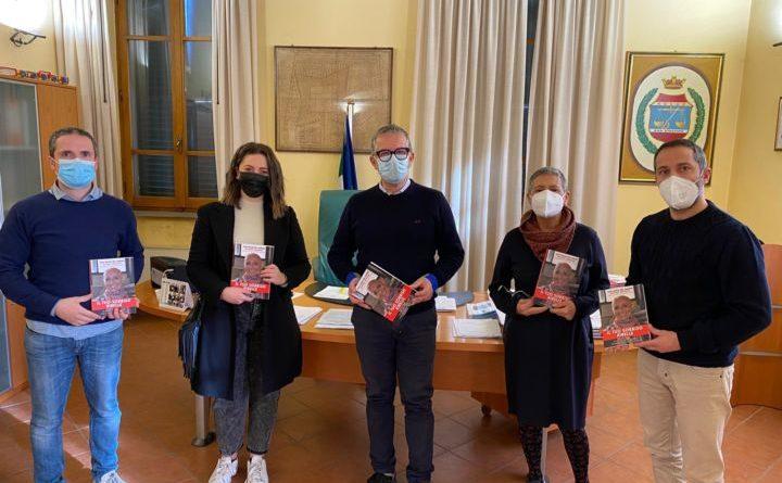 San Giustino, donate alla biblioteca copie libro dedicato a Silvana Benigno