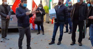 «1800 firme per il nostro diritto alla salute»: sindacati in piazza a Narni